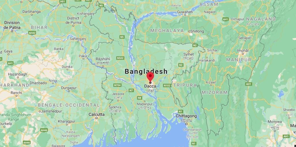 Où se situe Dhaka