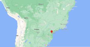 Où se situe Curitiba