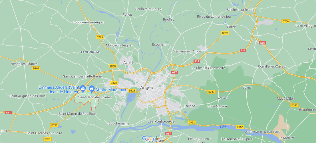 Où se situe Saint-Jean-de-Linières (49070)